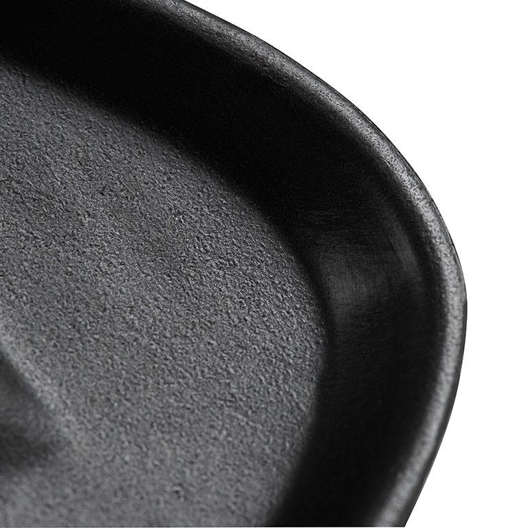 Детайл цялостно легло за стъпалото на мъжки чехли BIRKENSTOCK Arizona EVA черни