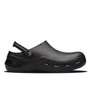 Професионални обувки за работа в кухня WearerTech 5200 Protect черни