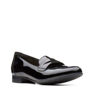 дамски обувки с нисък ток естествена кожа черен лак Clarks Un Blush Go външен поглед отпред