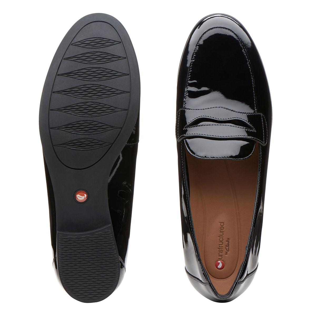 дамски обувки с нисък ток естествена кожа черен лак Clarks Un Blush Go поглед отгоре и отдолу подметка