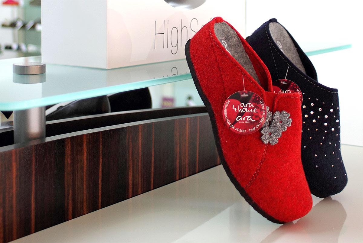 новата серия домашни чехли от вълнен филц с топла подплата Ара / ara 15-29970-08