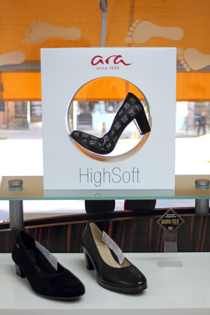 магазин за обувки kloG 2 в град София интериор снимка 3