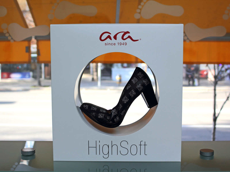 магазин за обувки kloG 2 в град София интериор снимка 4
