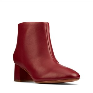 Дамски елегантни боти Clarks Sheer55 Zip Wine Leather червени - снимка 1