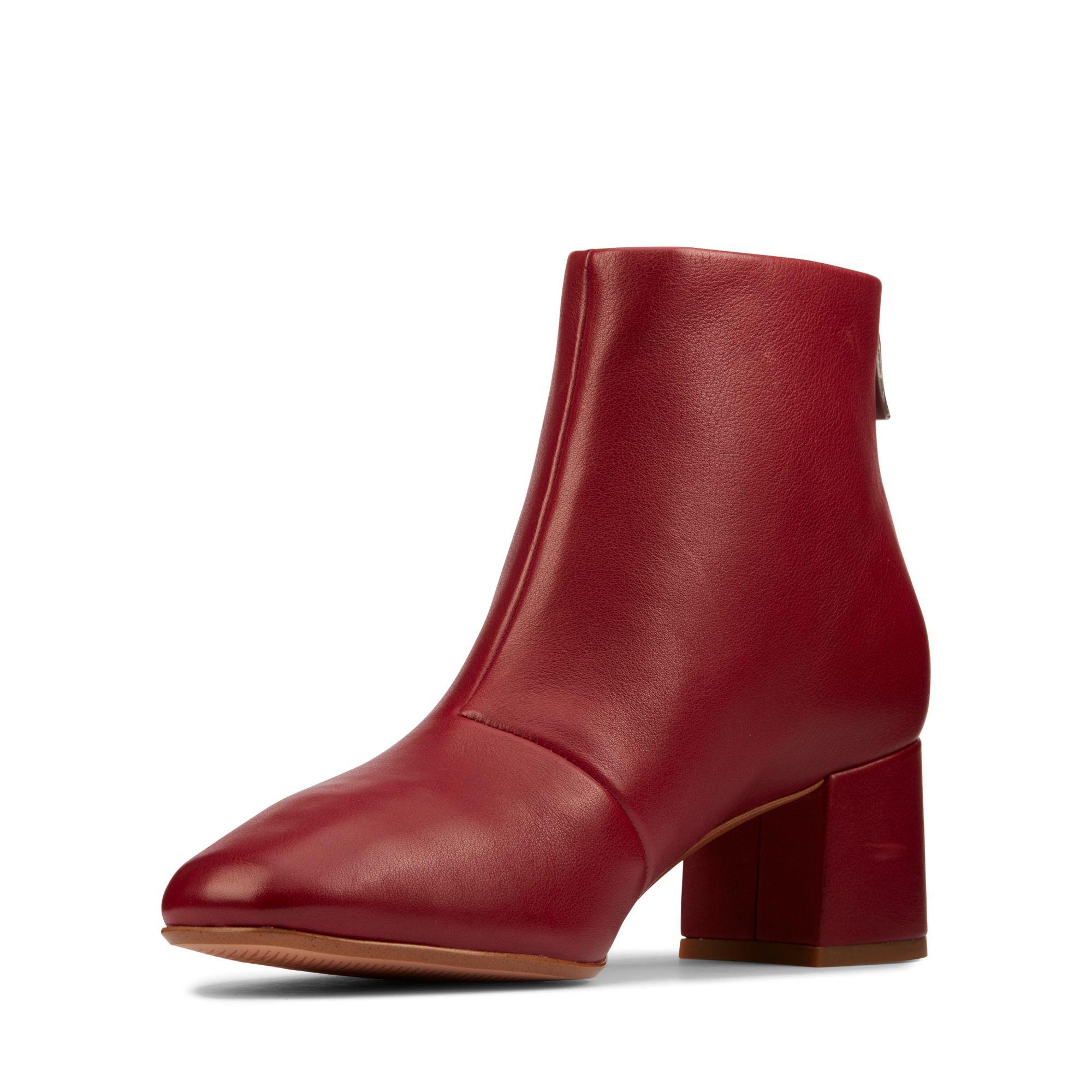 Дамски елегантни боти Clarks Sheer55 Zip Wine Leather червени - снимка 6