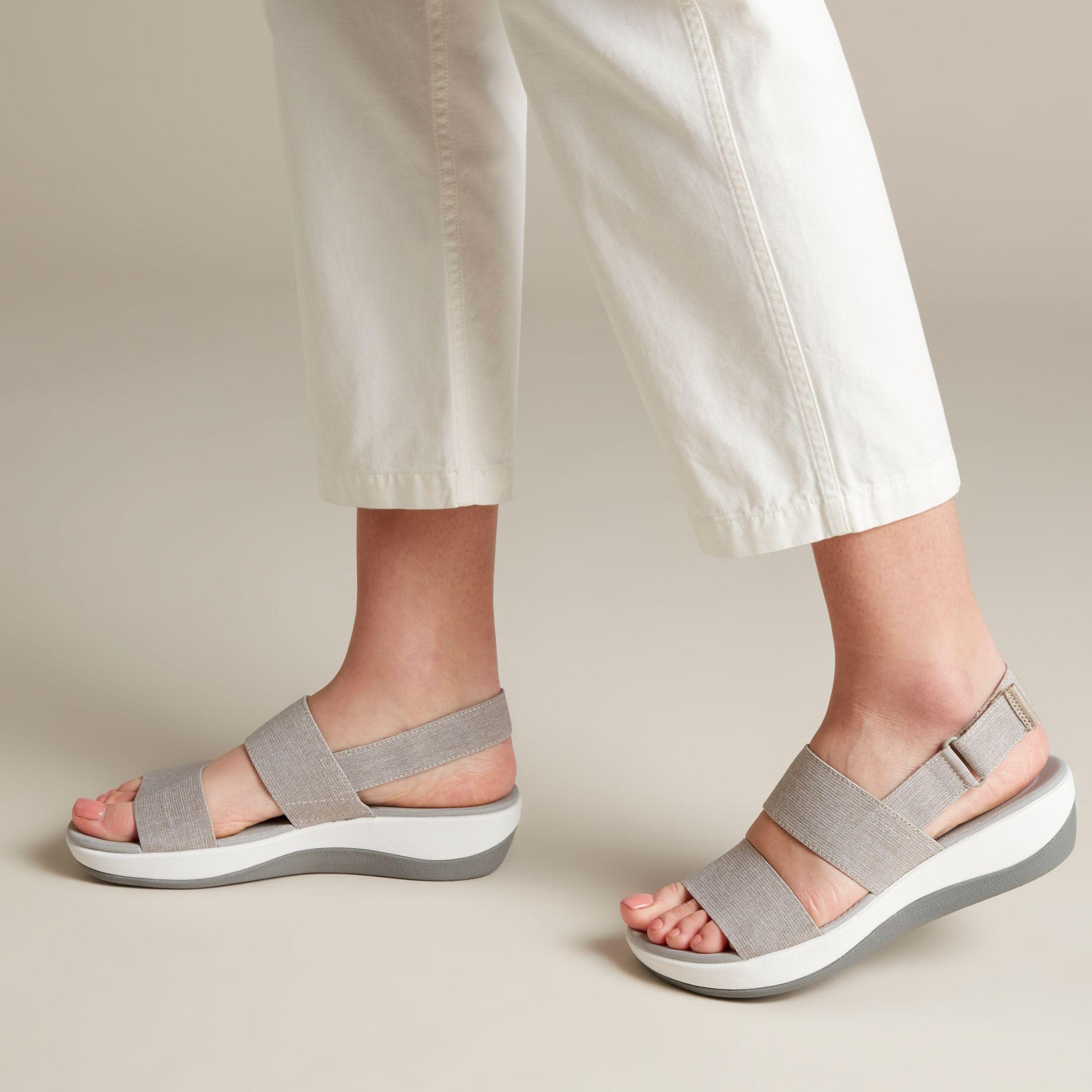 Дамски сандали от текстил с дебела подметка Clarks Arla Jacory Sand пясъчни - снимка 8