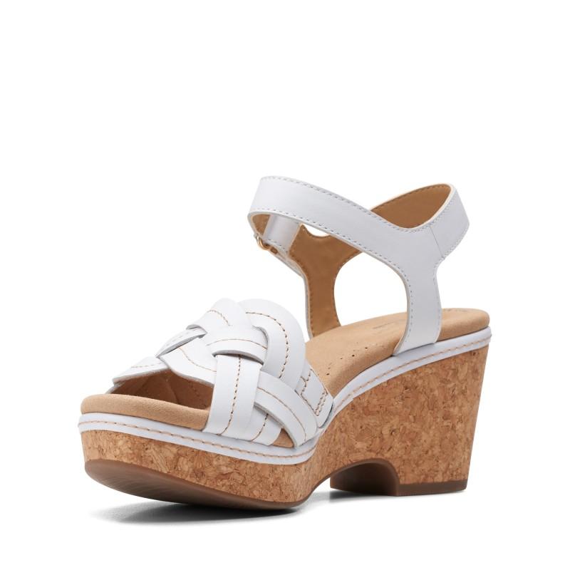 Дамски кожени сандали на ток Clarks Giselle Coast бели - снимка 6