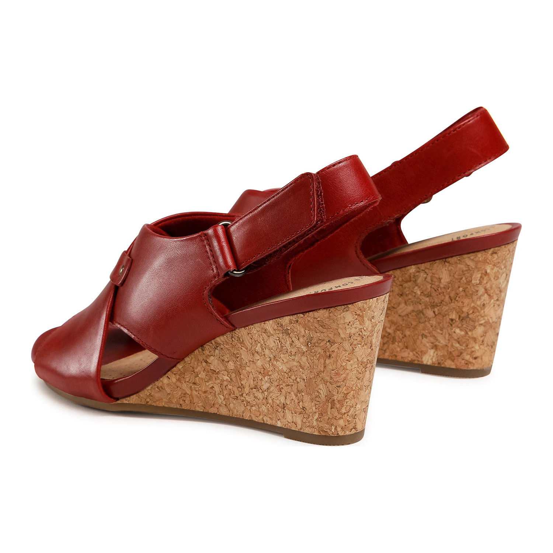 Дамски елегантни кожени сандали на ток Clarks Margee Eve червени - снимка 7