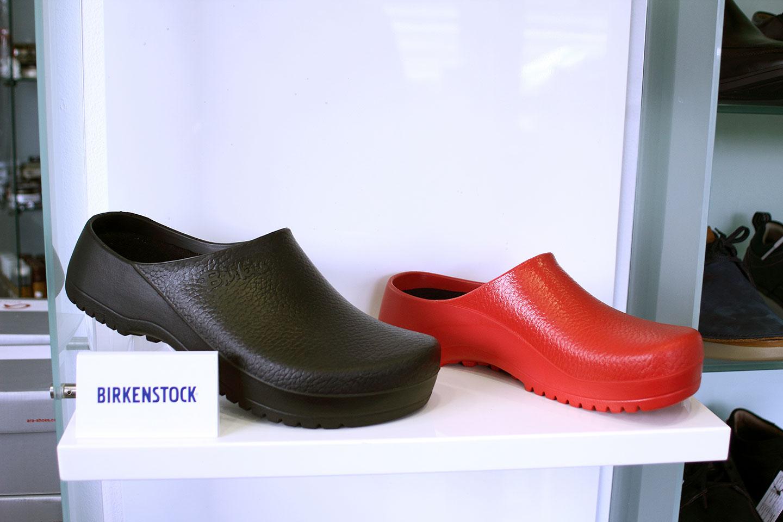 обувки в магазин КЛОГ град София - снимка 9